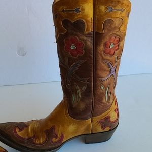 Old Gringo Boots..Handcrafted Boots/Leather